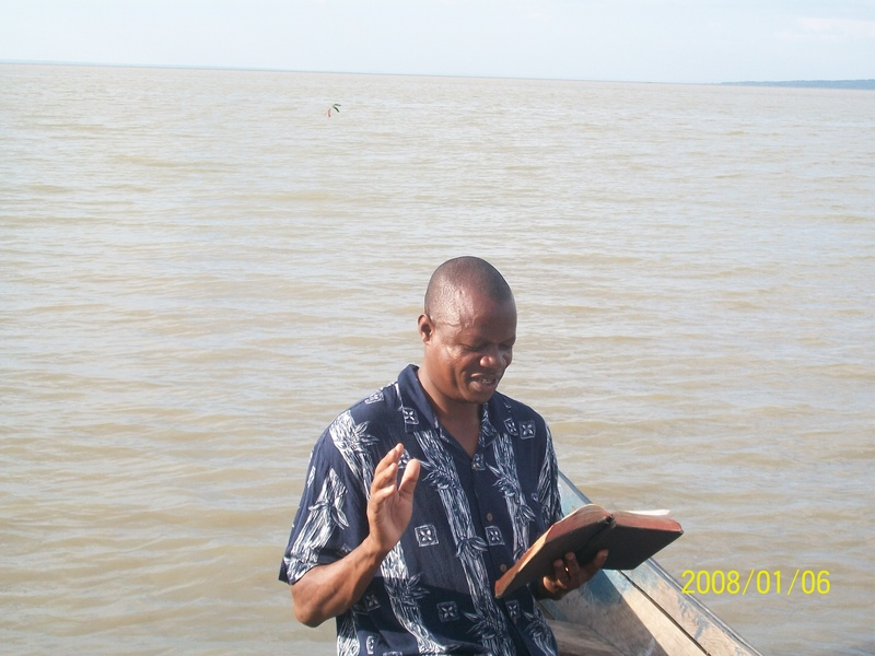 HEAVEN ON EARTH MINISTRIES - Donate for bibles